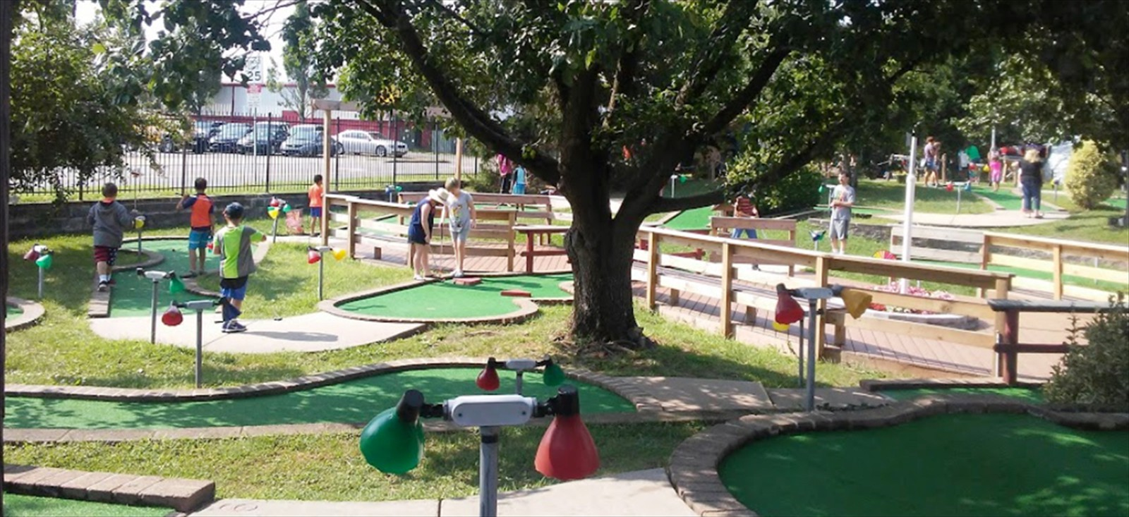 Miniature Golf Affordable Family Fun Manassas Va The Magic Putting Place Kids Parties Recreational Golf Course Parties Lighted Night Time Play Practice Putting Skills Mathis Avenue Old Town Manassas Virginia