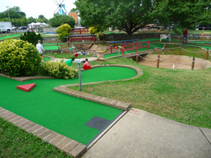 mini golf course prince william